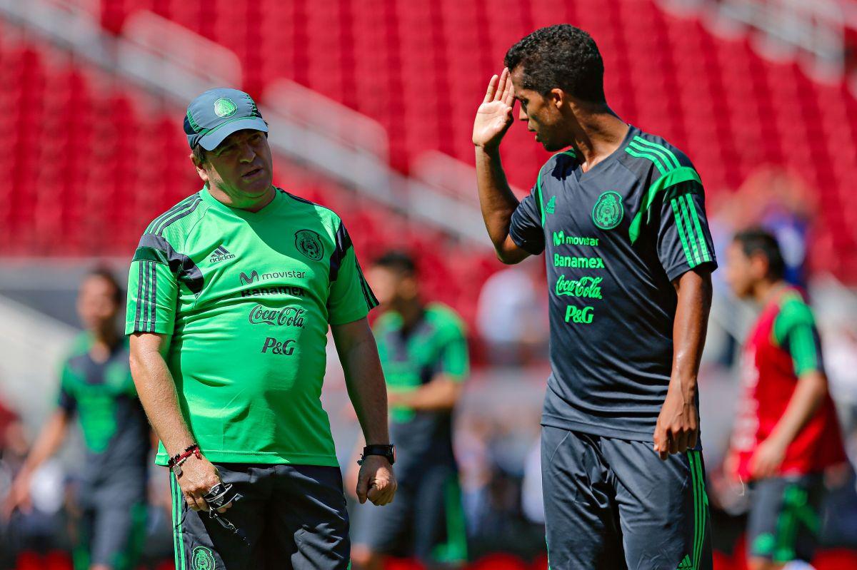 """Miguel Herrera no presta importancia a la versión de Giovani dos Santos: """"Si le molesta ni modo"""""""