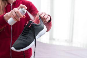 Las mejores opciones de productos para evitar el mal olor de los pies