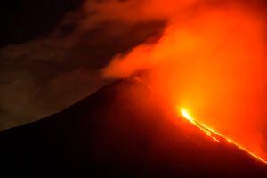 El volcán Pacaya de Guatemala entra en erupción por segunda vez en tres días