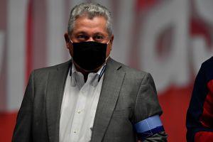 Víctor Manuel Vucetich está apenado por el desempeño de Chivas en el Clásico