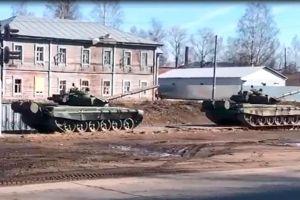 """La """"preocupante"""" escalada de tensión en Dombás, la frontera entre Ucrania y Rusia en la que Moscú ha vuelto a desplegar tanques y tropas"""