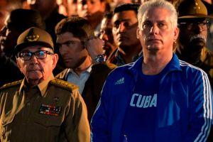 """Miguel Díaz-Canel se convierte en primer secretario del Partido Comunista de Cuba pero consultará las """"decisiones estratégicas"""" con Raúl Castro"""