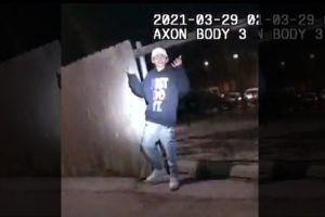 Los videos de la muerte de Adam Toledo por la policía de Chicago desatan protestas en EE.UU.