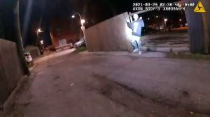 Adam Toledo: Lo que se sabe hasta ahora de la muerte del niño causada por la policía de Chicago