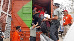 Migrantes, el éxodo que llega a México por cielo, mar y tierra