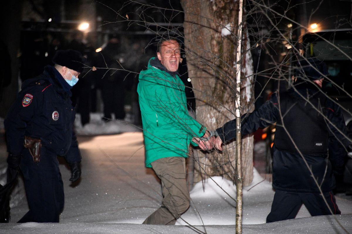 """Biden califica de """"totalmente injusta"""" la situación del opositor ruso Alexéi Navalny"""