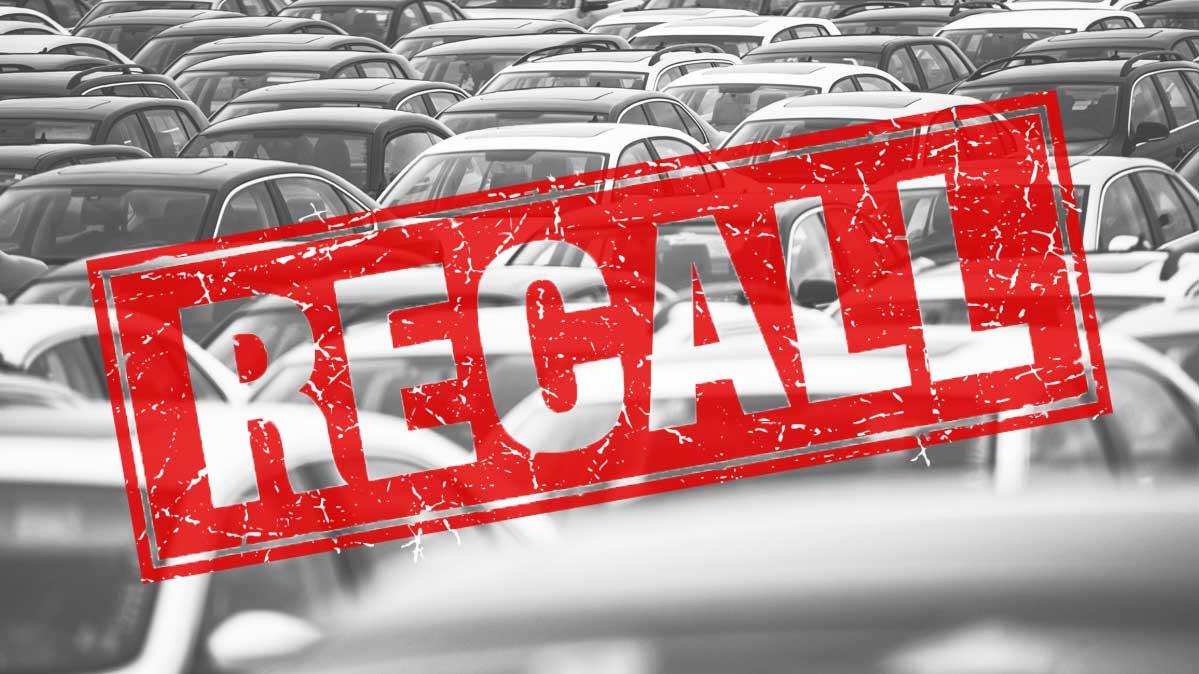 Asegúrate de que el automóvil usado que deseas no necesite ser retirado del mercado