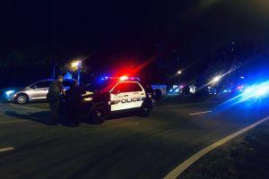 Una madre y sus tres hijos luchan por su vida tras chocar contra una vehículo robado en Miami