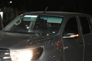 """FOTOS: Persecución y balacera en territorio del Chapo deja trocas baleadas y 3 """"levantados"""""""