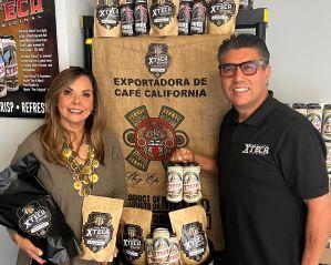 Empresarios latinos logran reinventarse pero con sabor a café