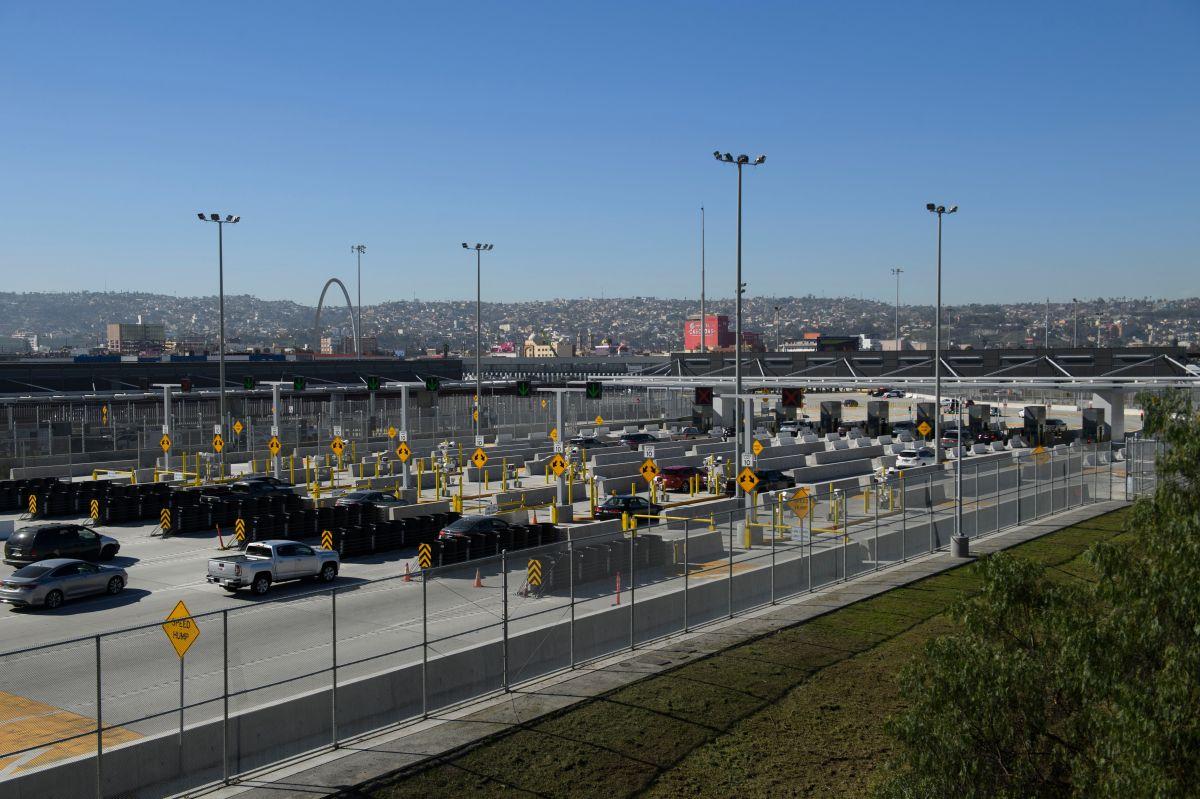 EE.UU. está expulsando cada día a 100 inmigrantes desde San Diego