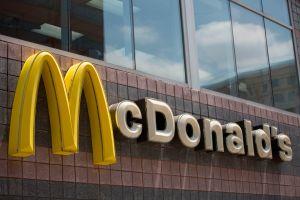 McDonald's incrementa sus ventas gracias a sus sandwiches de pollo frito