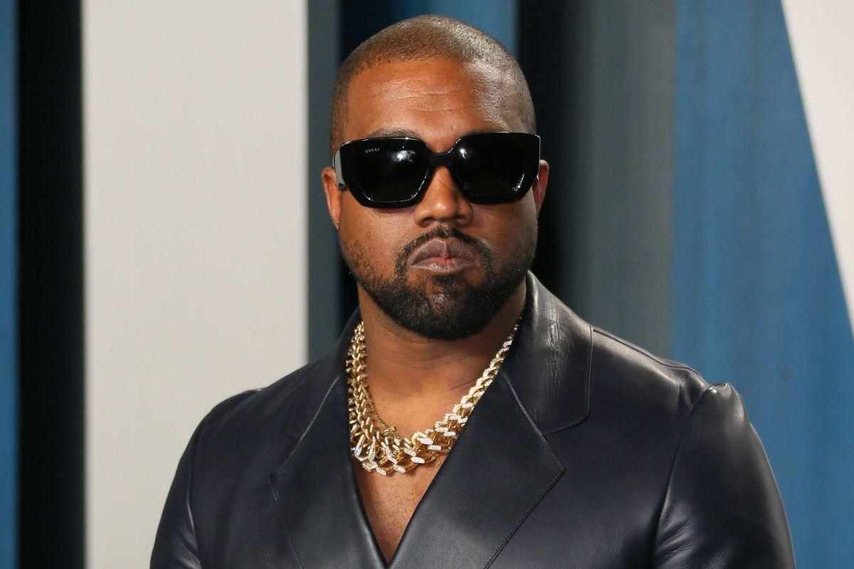 Los misteriosos collares de oro que presumió Kanye West con los nombres de sus hijos