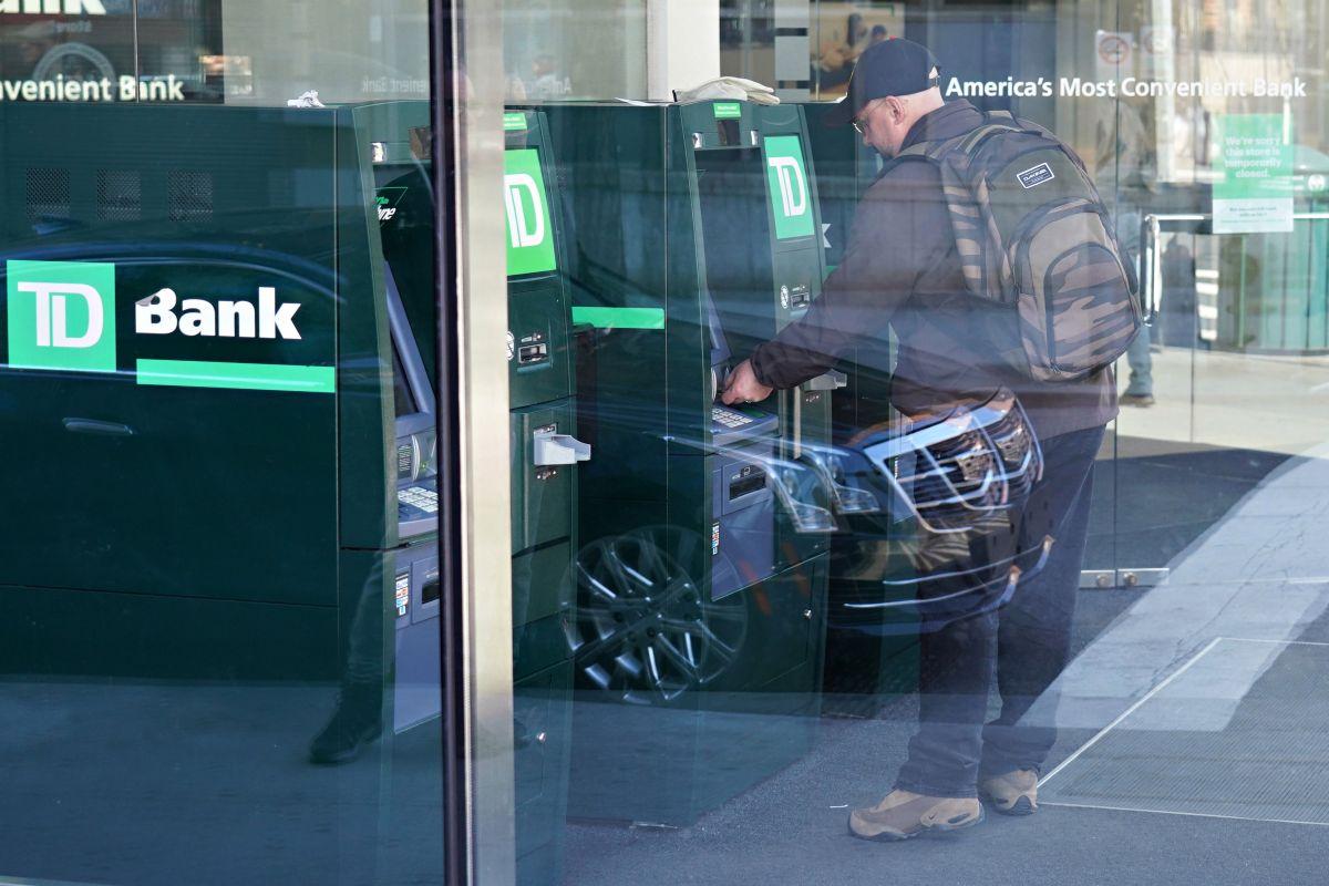 IRS ya liberó este miércoles, 7 de abril, unos 24 millones de cheques de estímulo por depósito directo