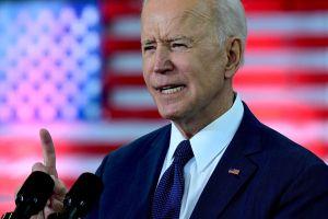 Biden reconoce que la frontera vive una crisis, pero aumentará el número de refugiados