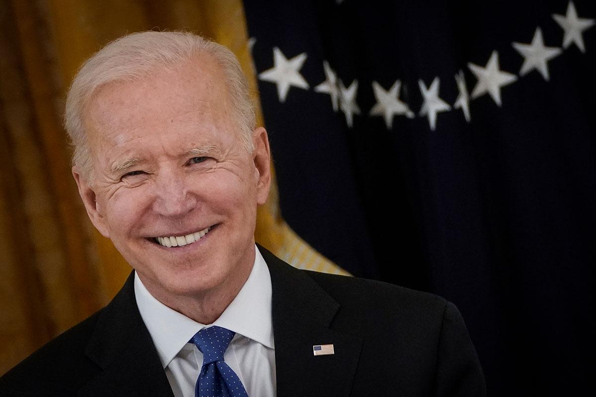 Joe Biden promete compartir vacunas contra COVID-19 con países pobres