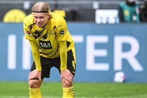 Fue sancionado el árbitro que le pidió un autógrafo a Erling Haaland