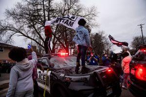 Daunte Wright, un joven negro de 20 años, muere a manos de policía y desata protestas en Minneapolis