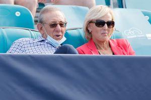 ¡Increíble! El dueño de los Miami Dolphins está envuelto en un divorcio de 8,000 millones de dólares