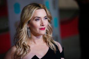Kate Winslet deja que su ciclo menstrual dicte sus elecciones de maquillaje