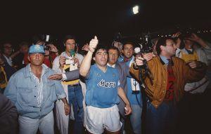 """Amazon lanza tráiler de serie sobre Maradona. Mira qué actor será 'El Pelusa' en """"Maradona: Sueño Bendito"""""""