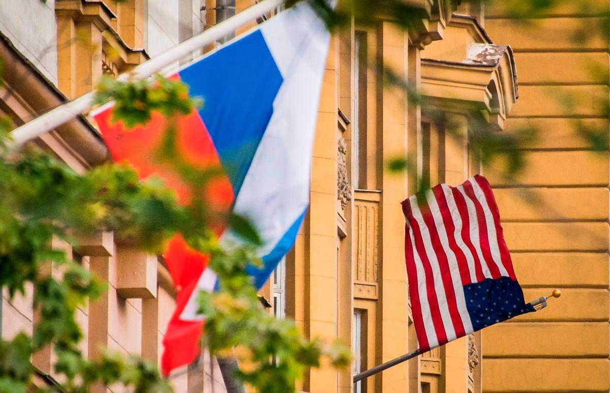 """Rusia advierte a EE.UU. que responderá ante cualquier acción """"inamistosa"""""""