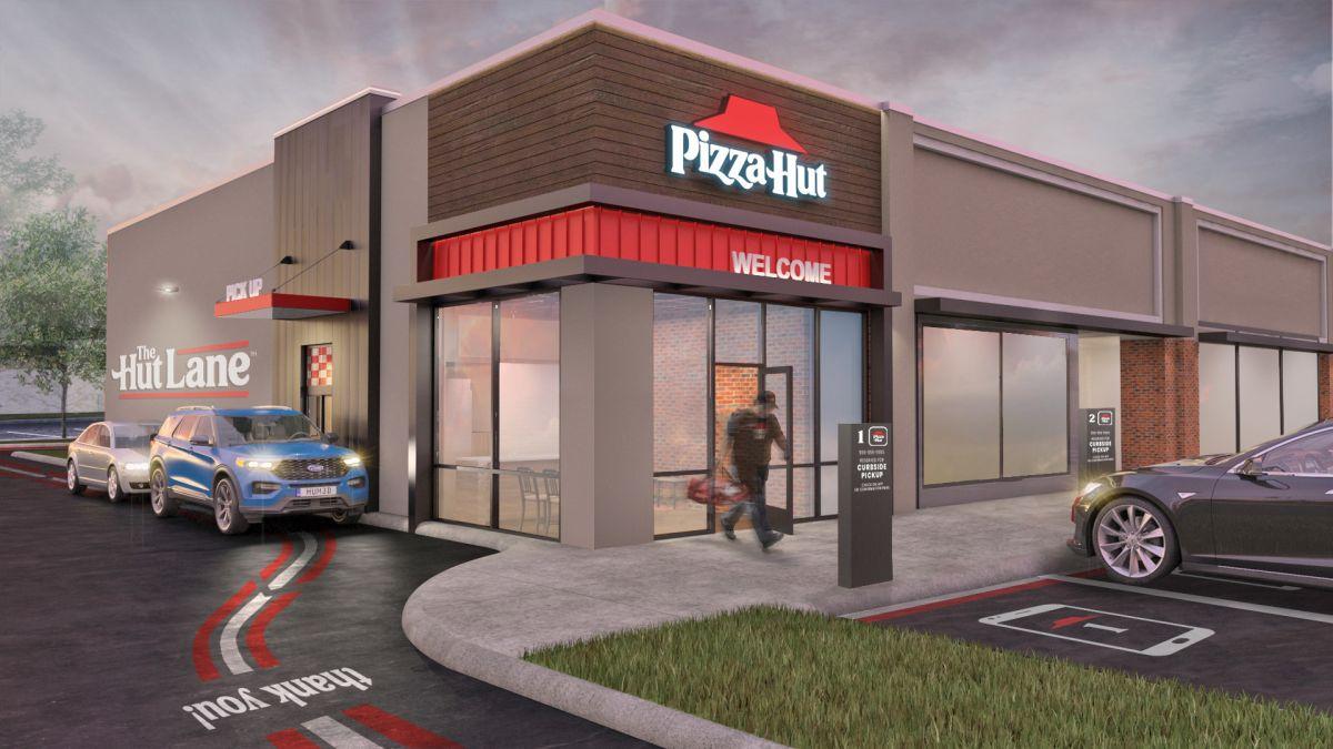 Pizza Hut es la primera pizzería en rediseñar los drive-thru del futuro: cómo serán