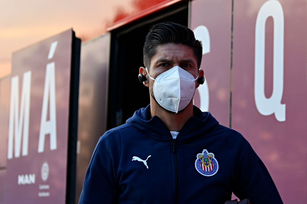 Oribe Peralta podría estar  vinculado a Chivas durante mucho tiempo