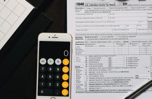 2.2 millones de californianos pueden quedarse sin cheque de estímulo federal