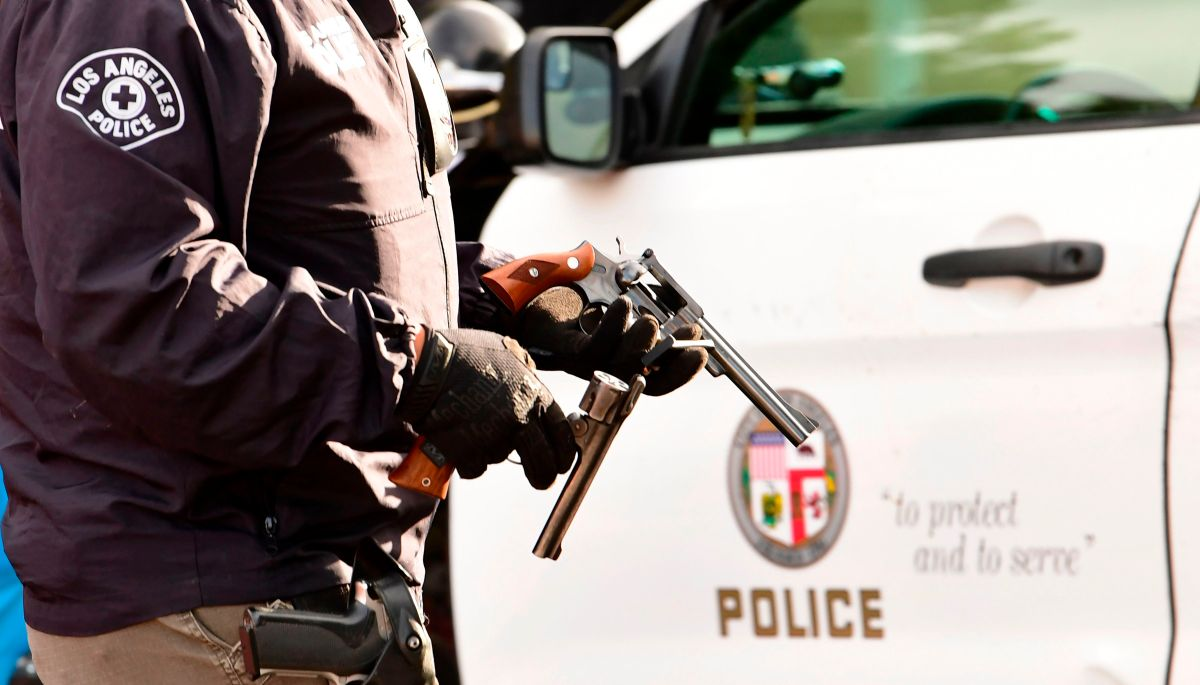 El apoyo y los servicios para las víctimas del crimen deben ser proporcionados por la comunidad, no por las agencias policíacas