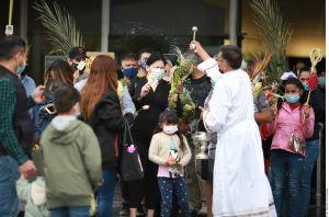 COVID-19 puso a prueba la fe de los mexicanos en Semana Santa