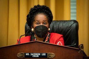 Legisladores votan por primera vez para considerar reparaciones por esclavitud para afroamericanos