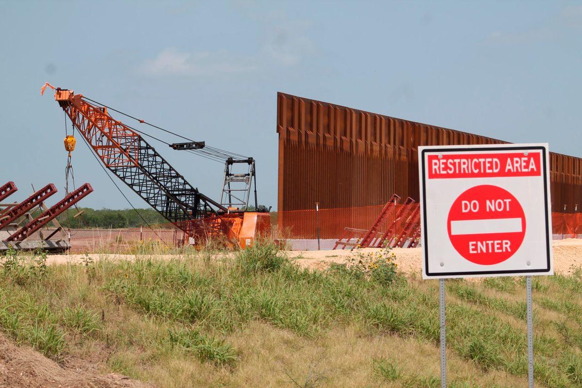 Siguen expropiando tierras para el muro de Trump en Texas, aunque Biden lo detuvo