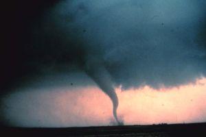 Millones en el sur están amenazados por fuertes tornados y clima severo el fin de semana