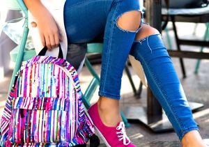Mochilas con diseños coloridos y originales para combinar tus atuendos de primavera