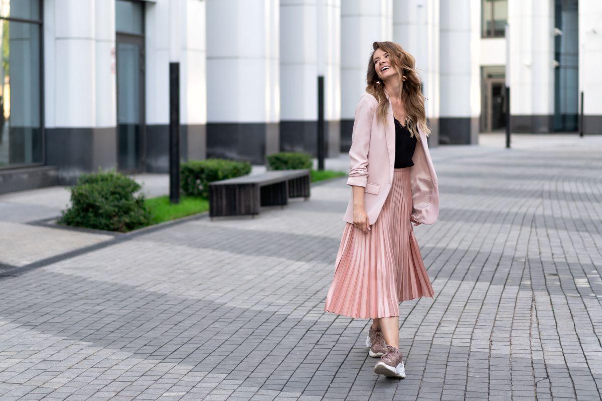 5 estilos de faldas que debes tener en tu clóset y usar esta temporada de Primavera