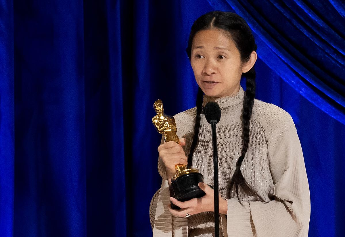 Chloé Zhao fue la gran ganadora de la noche, con su premio a Mejor Dirección y Mejor Película por Nomadland.