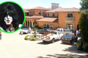 Paul Stanley, fundador de KISS, demolerá su mansión de Beverly Hills y ya vendió... ¡hasta los árboles!