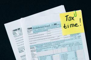 California ya ha empezado a enviar sus cheques de estímulo de hasta $1,200. ¿Cuándo llegarán?