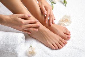 5 productos para darle a tus pies un tratamiento digno de spa