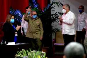 Raúl Castro confirma que deja el liderazgo del Partido Comunista de Cuba