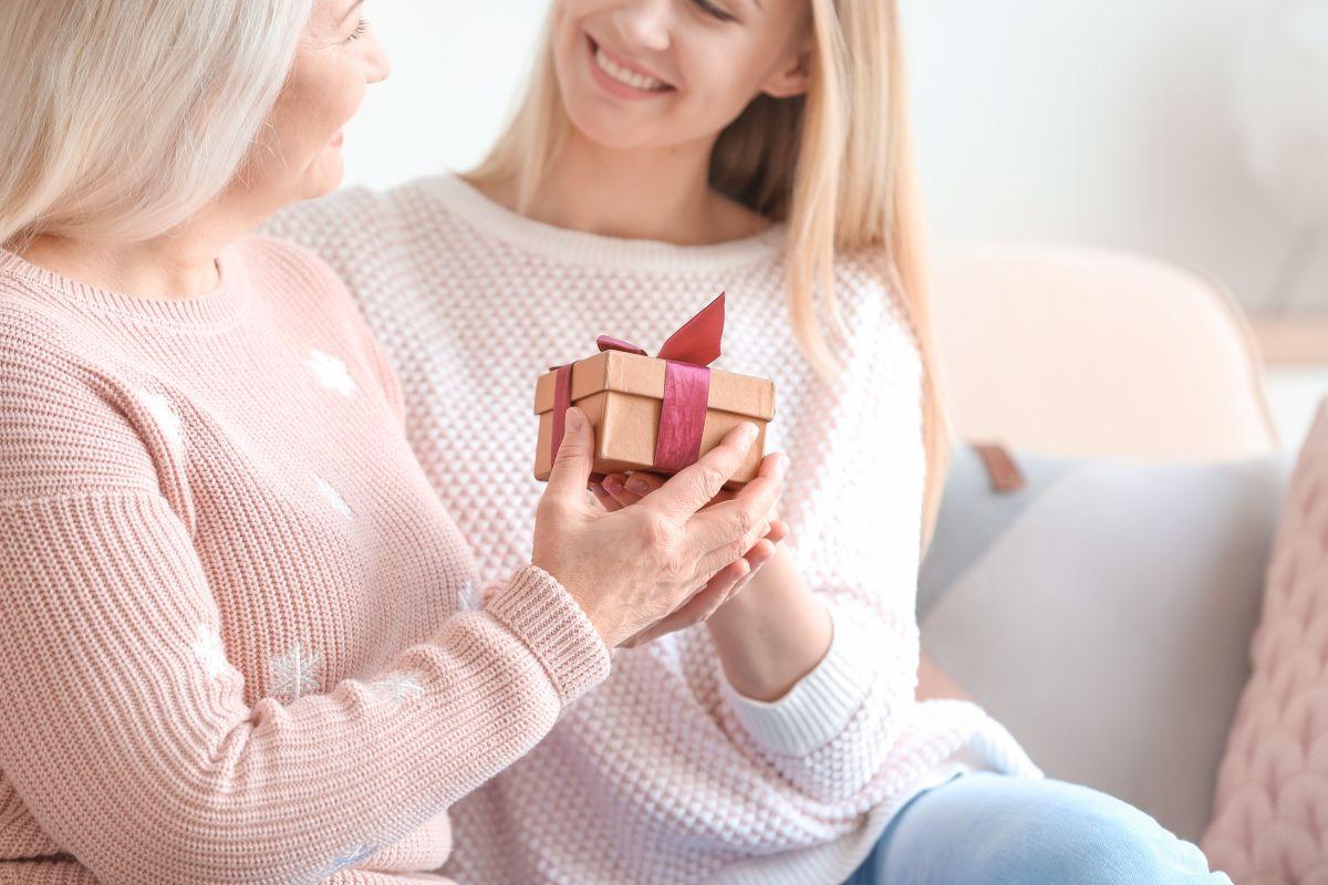 Dale a mamá un regalo único y especial para ella.