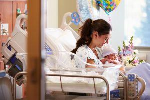 Ropa interior de mujer para usar en el hospital si están de maternidad