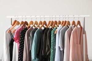 Buenas, bonitas y baratas: Blusas de manga corta para usar en esta temporada de Primavera