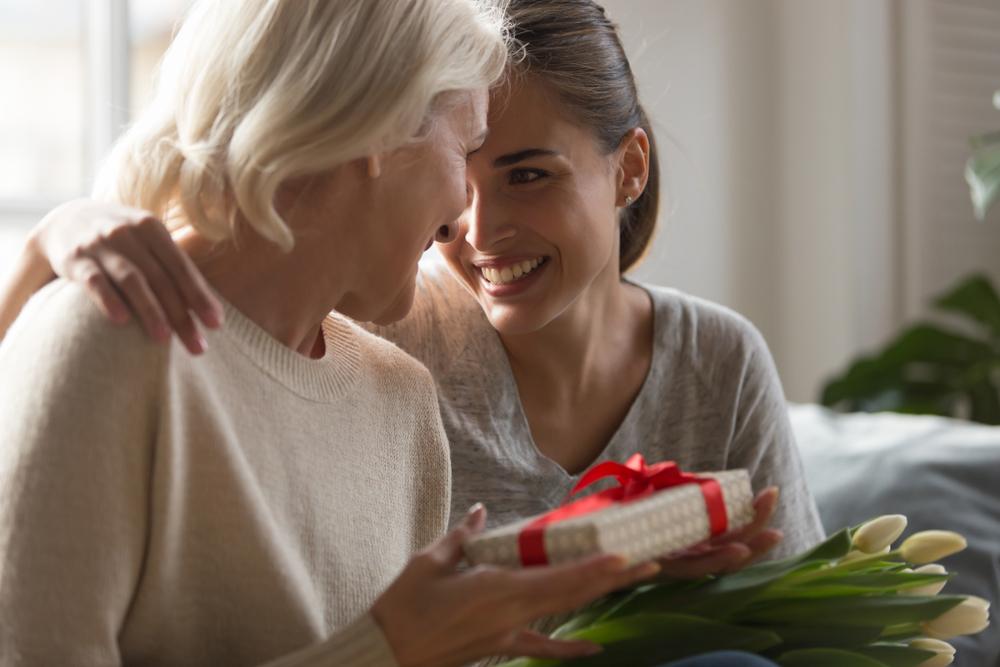 Ideas de regalos para abuelas para el Día de las Madres, que harán que te recuerde con mucho amor.