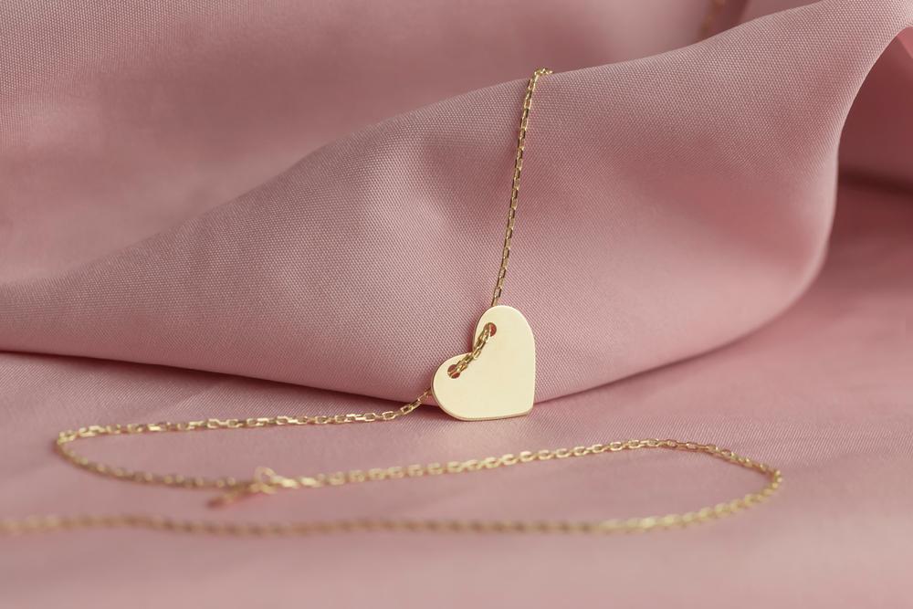 Collares de oro para regalar este Día de las Madres y consentirla en este día tan especial.