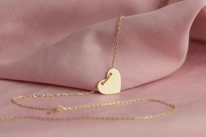 Cadenas de oro para regalar el Día de las Madres por menos de $20
