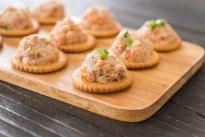 Receta de dip de crema de atún: Aperitivo simple y delicioso para tus fiestas