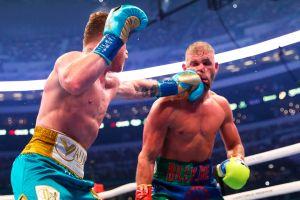 Saunders pensó en retirarse del boxeo luego de la triple fractura que le propinó Canelo