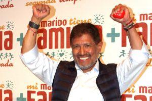 Juan Osorio confiesa que desea casarse con la actriz Eva Daniela, quien es 37 años menor que él